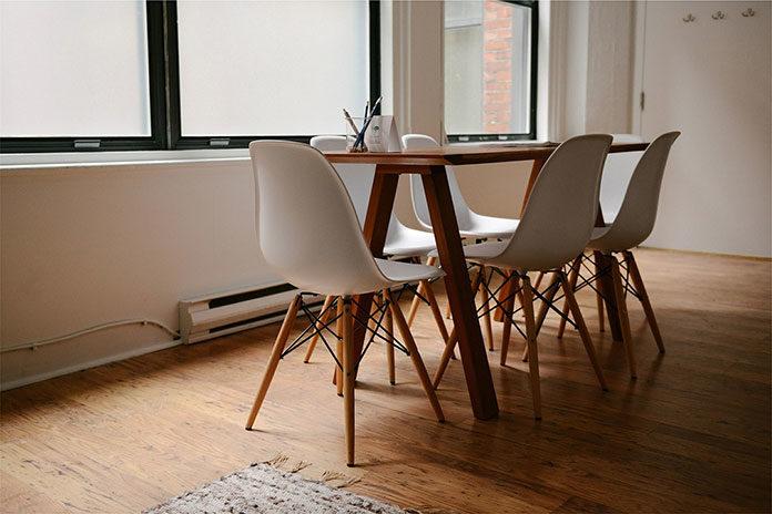 Dobieramy stół i krzesła do kuchni